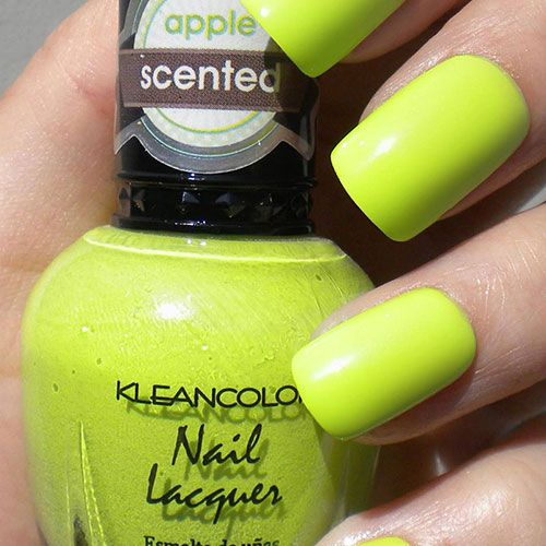 APPLE CANDY SCENTED NAIL POLISH