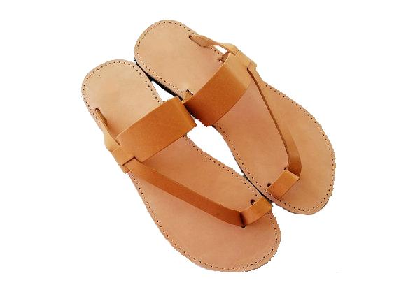 a26d9dc69ab262 Women s Toe Ring Leather Flat Sandal